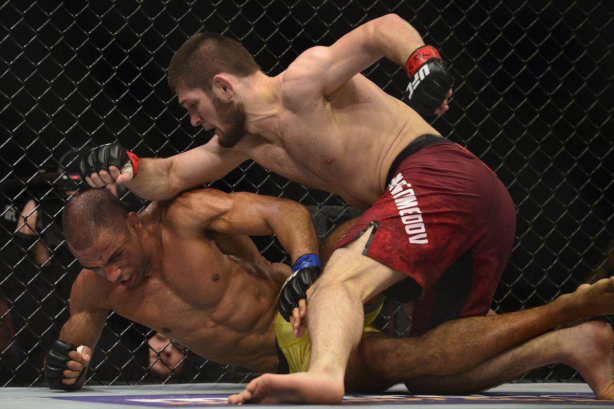 Khabib during his fight against Edson Barboza